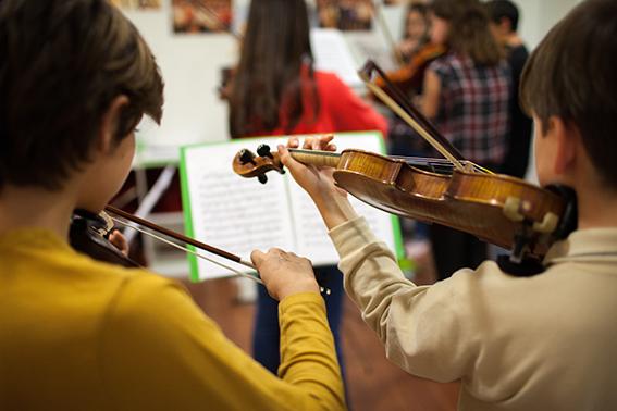 Ensayo de la orquesta CORDES